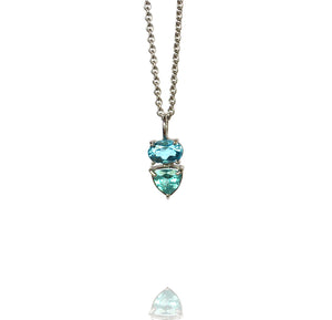 Pendant white gold blue topaz and apatite