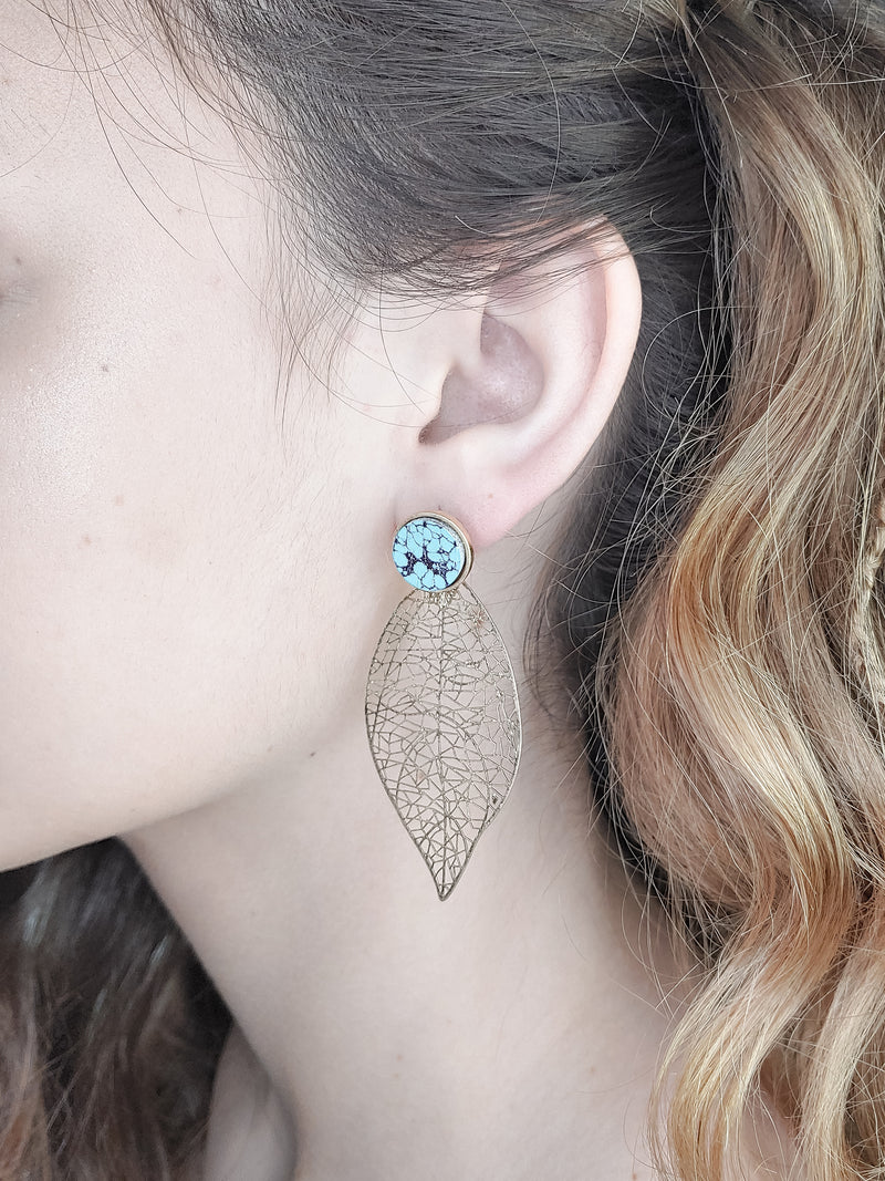 STONE AND LEAF EARRINGS