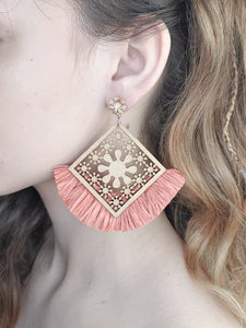 MANGO WOOD STATEMENT EARRINGS