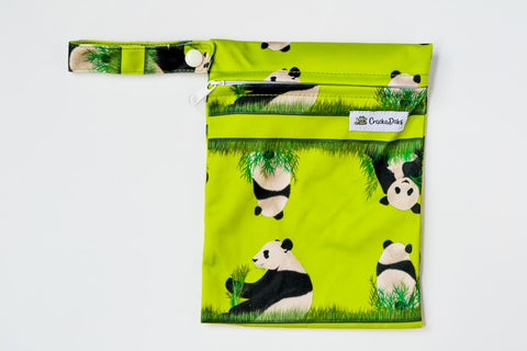 Crackadaks mini wet bag panda meander green