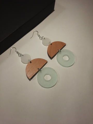Mint and Alderwood Etched drop earrings