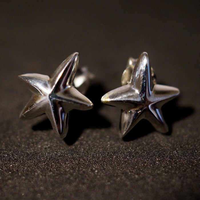 10mm Solid Silver Starfish Stud Earrings - bigigloo.co.uk