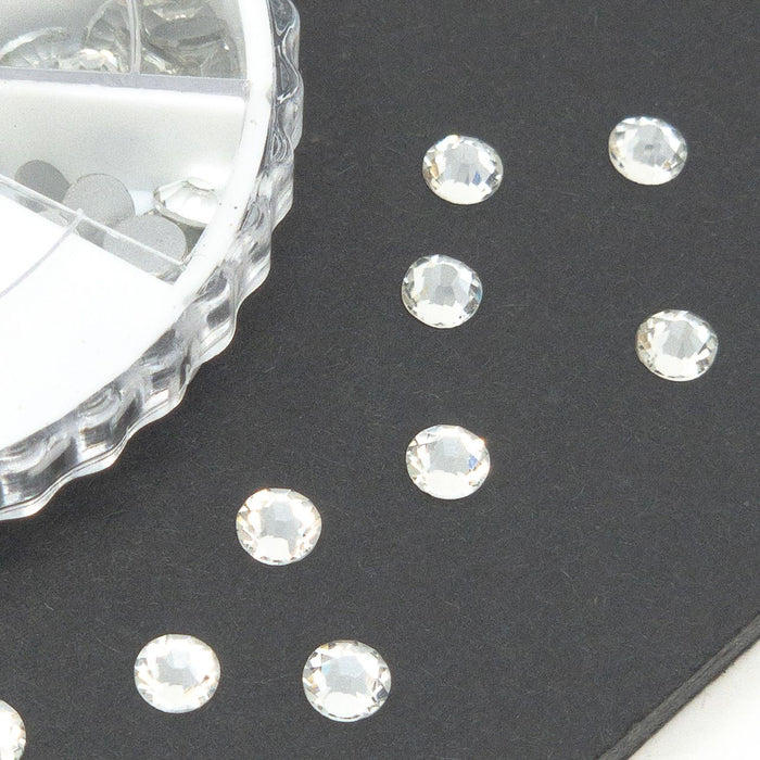 Flat Back Crystal Rhinestone Organiser Box. 2-5mm. 700 Approx