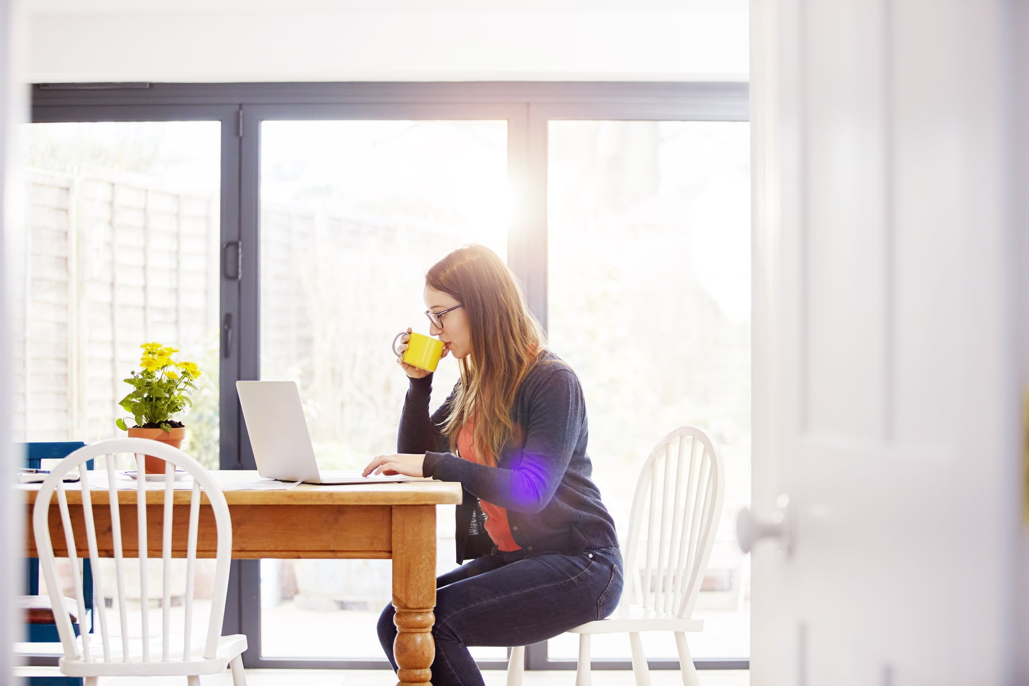 Easy Ways to Stay Focused While Working From Home