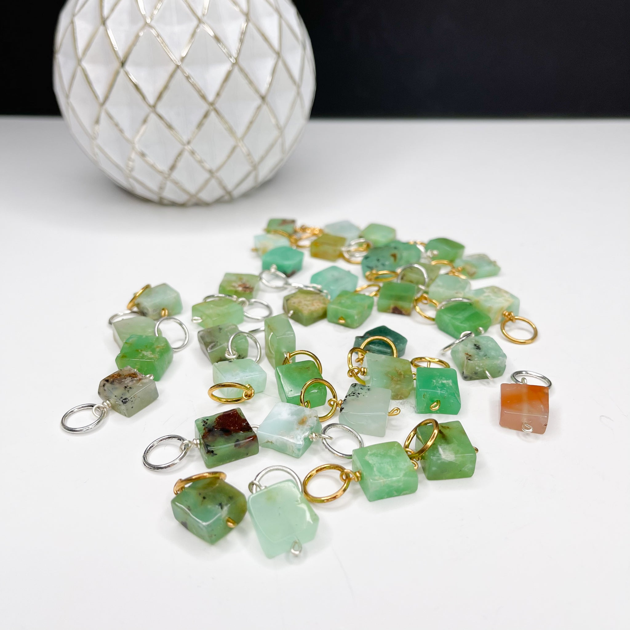 Chrysoprase Square (small)