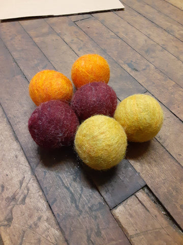 Bog Berry Dryer Balls - Mums! set of 6 wool dryer balls, limited edition zero waste