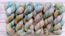 Load image into Gallery viewer, Sirena - Merino DK