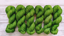 Load image into Gallery viewer, Green Bean - Merino DK