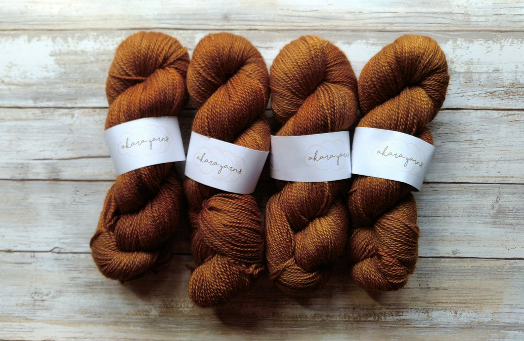 Moccahino - Bfl Fingering 2-Ply (Nonsuperwash)