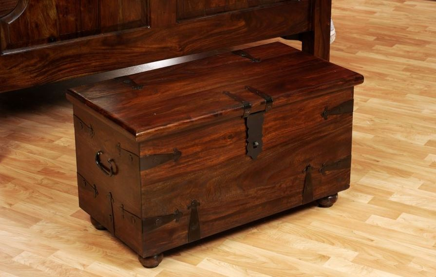 Thakat Coffee Table Trunk 33