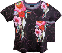 Load image into Gallery viewer, laurels floral t shirt