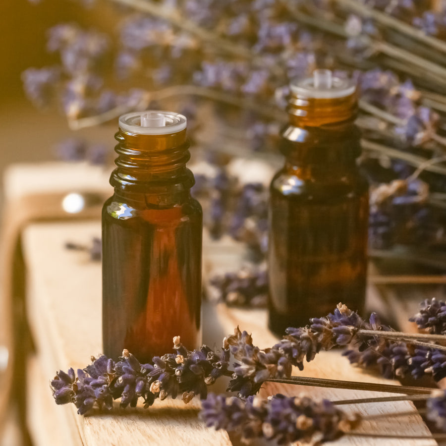 100 % Pure Lavender Essential Oil | Made with Organic Lavender Flowers