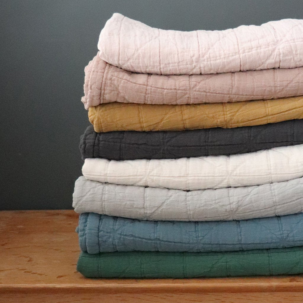 Blankets, Quilts & Coverlets | Shop Organic Bed Linen at Poème Lifestyle