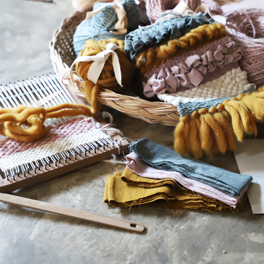Home / Creatives Kits & Crafts / Weaving Kits