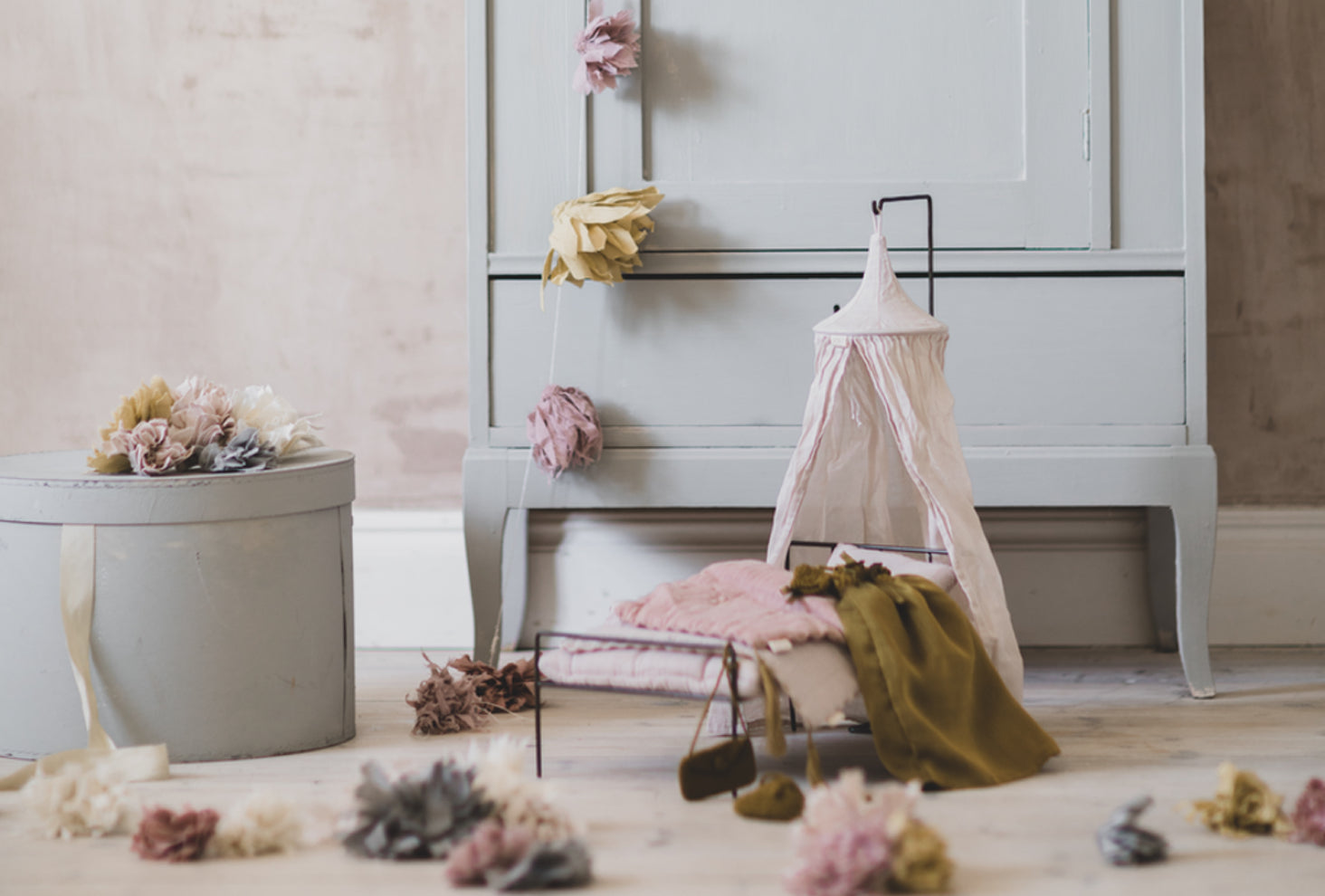 Inspired by Numero 74 children earthy decor, discover our range of dolls and accessories for endless play.