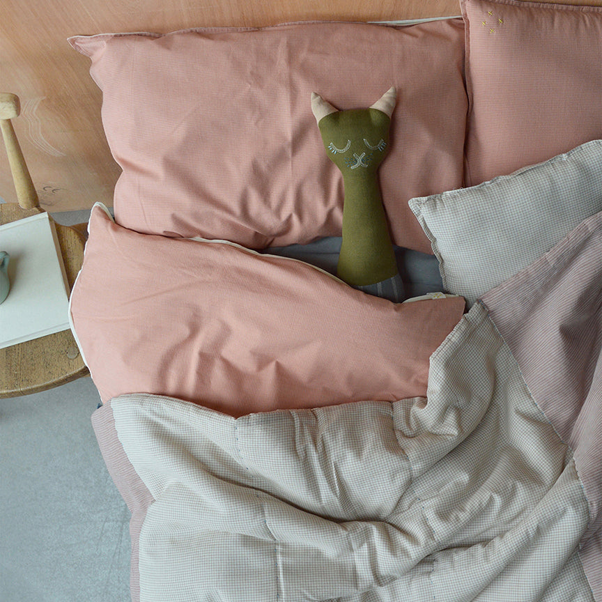 King Single Fitted Sheet, Coral | Camomile London - Poeme Lifestyle