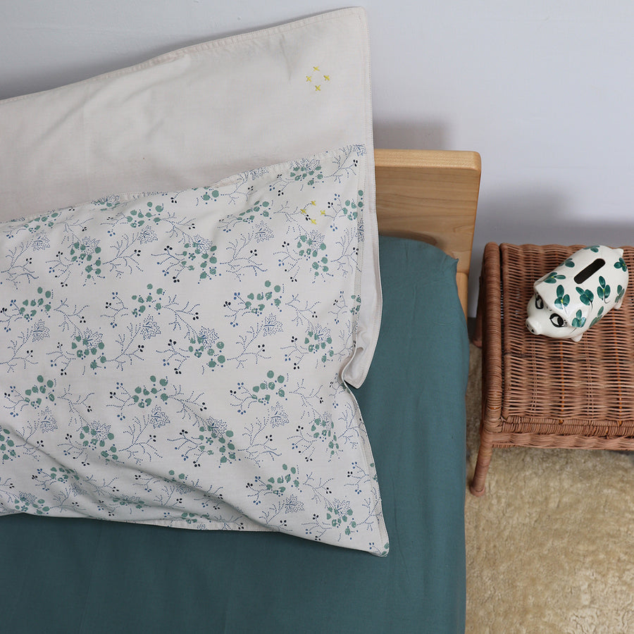 Single Cotton Fitted Sheet, Teal | Camomile London - Poeme Lifestyle
