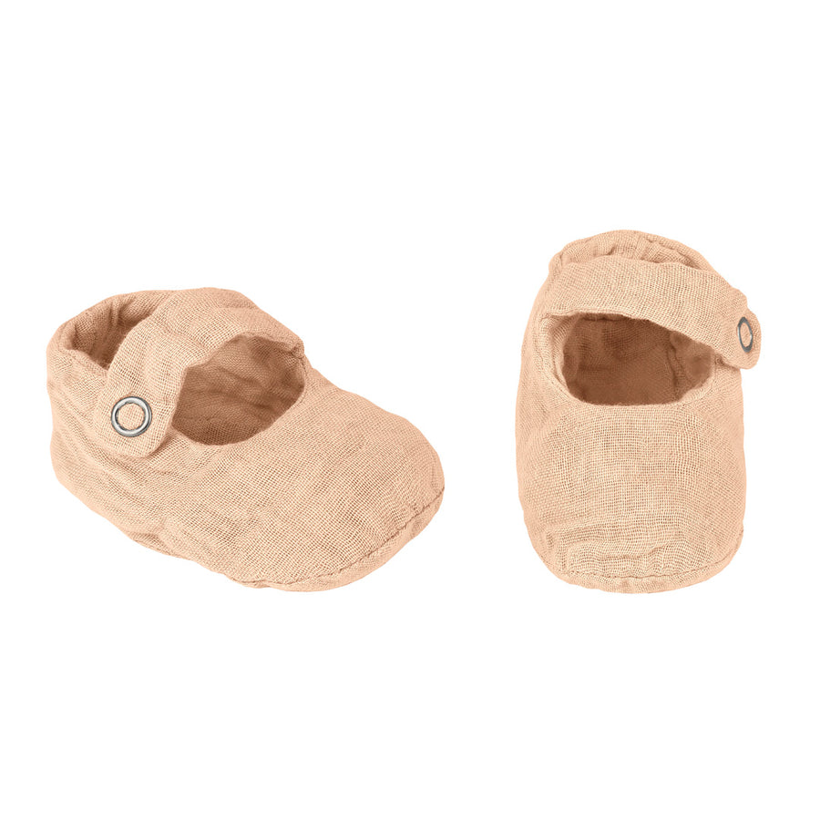 Poeme Lifestyle sells organic cotton baby slippers for babies by Numero 74 online in Australia. Available in many earthy colours.