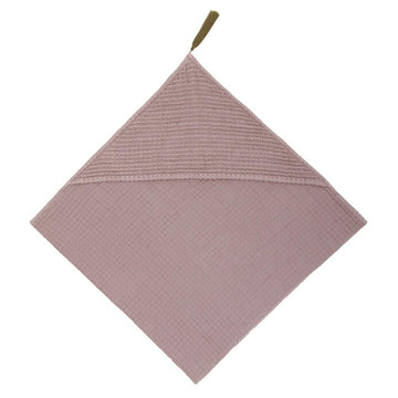 Poeme Lifestyle sells gorgeous and soft honeycomb sponge fabric bath towel baby online in Australia. Available in many earthy colors.