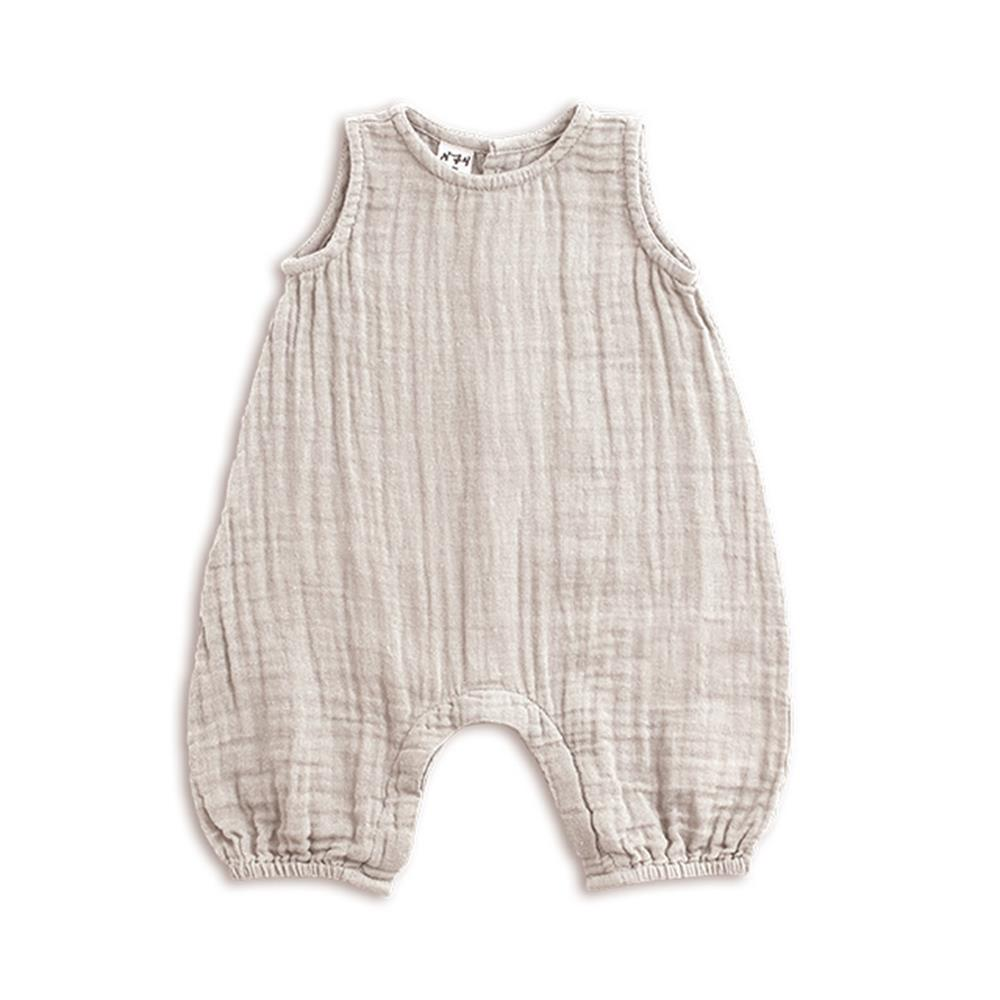 Poeme Lifestyle sells organic cotton Stef Combi for babies by Numero 74 online. Available in many earthy colors.