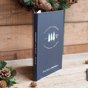 Vacation Home Guest Book #011 by Starboard Press