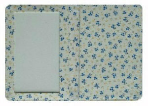 White_and_Blue_Daisy_Print_Passport_Wallet