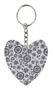 Black_and_White_Retro_Print_Fabric_Heart_Keyring
