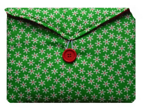 Green Daisy Print Tablet Bag - Miss Pretty London UK Limited