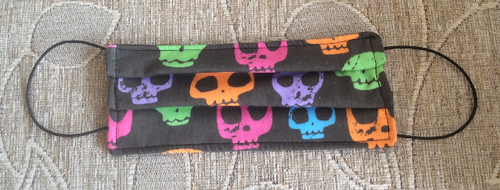 Multicoloured Skulls Print Face Mask