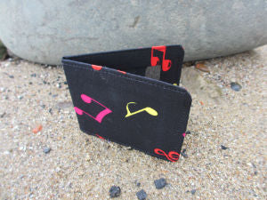 Musical_Notes_Print_Card_Wallet
