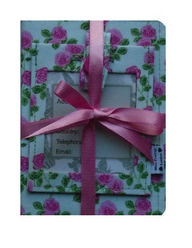 English_Roses_Passport_Cover_and_Luggage_Tag_Gift_Set