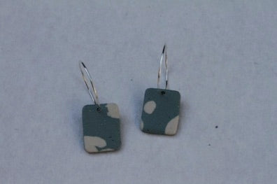 Handmade Polymer Clay Retro Green Colour Square Earrings - oi039
