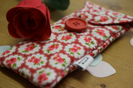 Red Roses Print Glasses Case - Miss Pretty London UK Limited