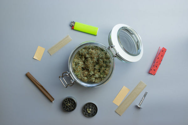 smoking accessories for cannabis
