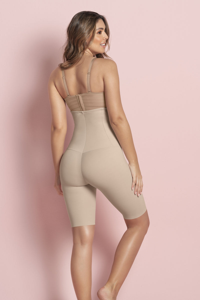 Extra -High-Waisted Sculpting Shaper Short