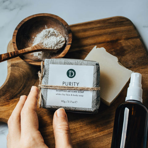 Deerieo Purity Face and Body natural soap with white clay is gentle and moisturising to the skin.
