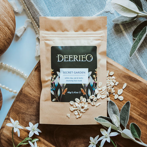 Deerieo Secret Garden discovery / travel size face mask with white clay and soothing herbs in a biodegradable kraft pouch.