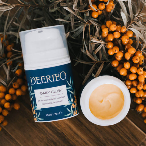 Deerieo Daily Glow Face Cream is available in full size 50ml recyclable airless container and discovery size 30ml white glass jar.
