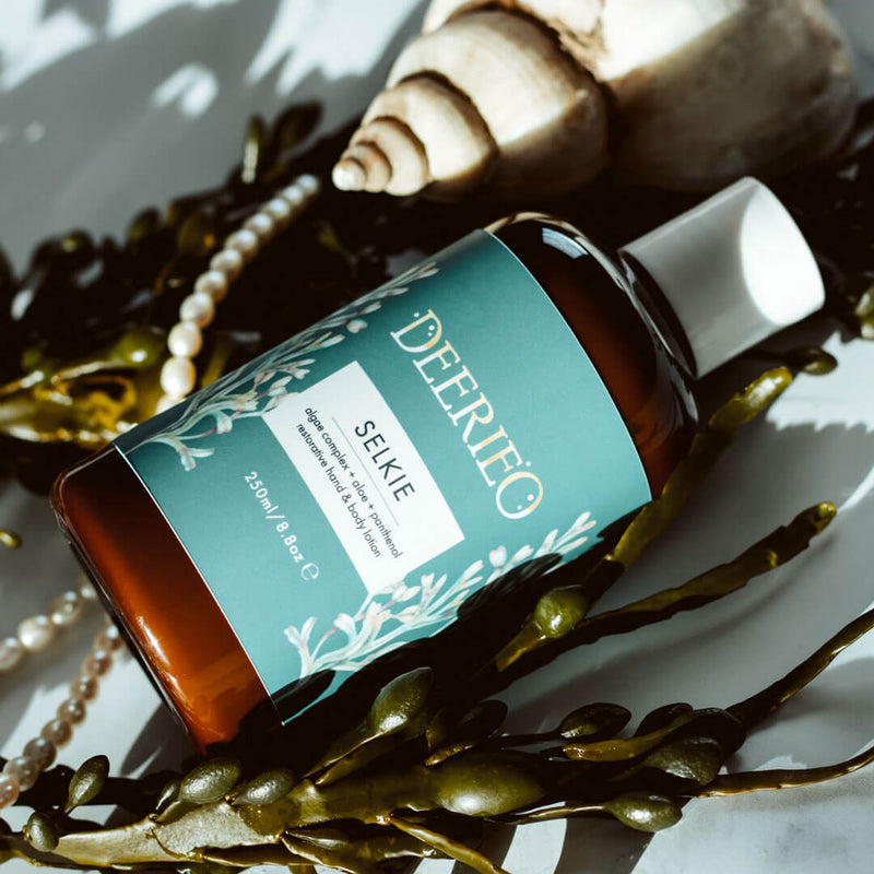 Deerieo Selkie Hand and Body Lotion deeply nourishes and hydrates the skin, soothes irritation, improves skin elasticity and boosts renewal processes for a silky smooth and beautifully radiant skin.