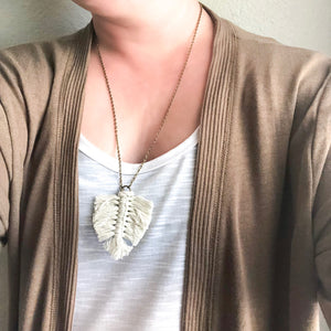 Macramé Leaf Necklace WHOLESALE