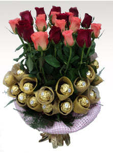 Ferrero & Rose Hand Bunch
