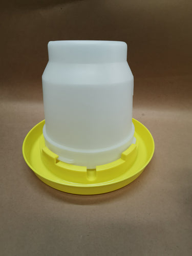 1 Gallon Plastic Waterer Jar