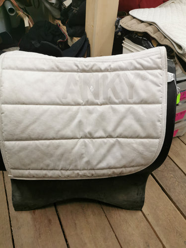 White Anky Saddle Pad