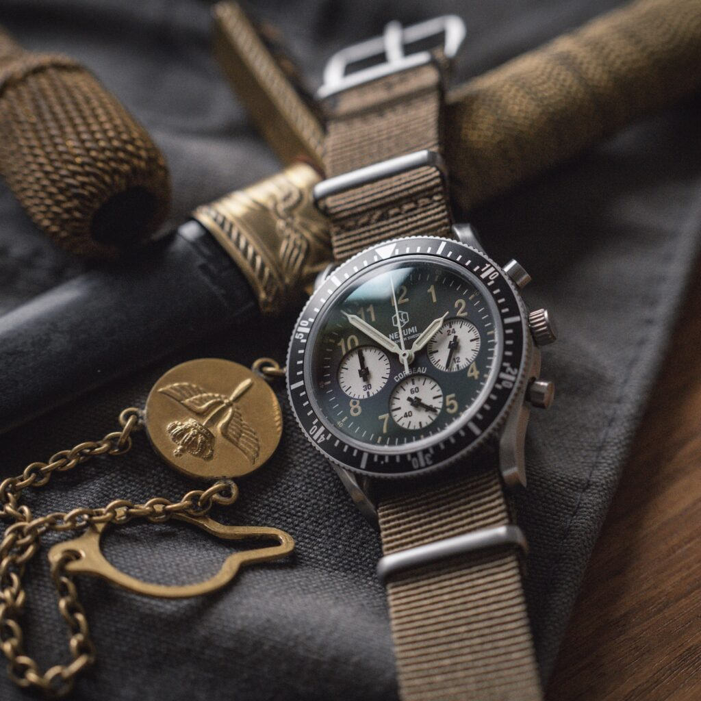 Corbeau watch with nato strap by Nezumi Studios