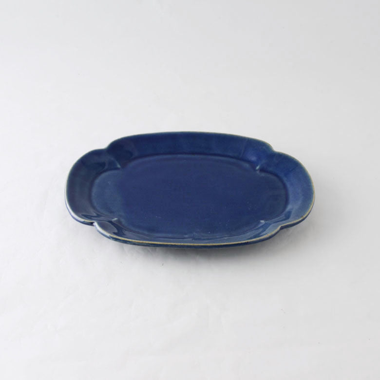 LIEN flower-shaped plate L | STUDIO M'