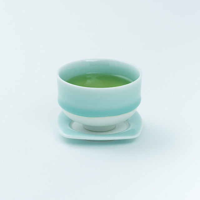 Nabeshima Yaki Teacup | White