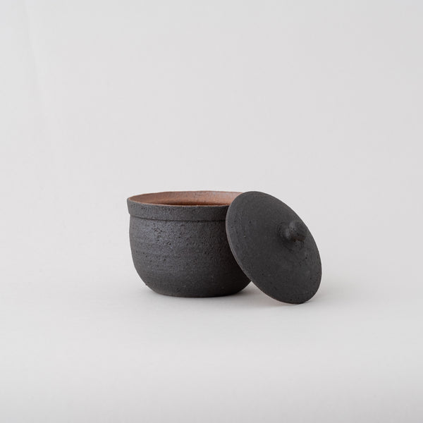 SHIGARAKI salt pot | Black