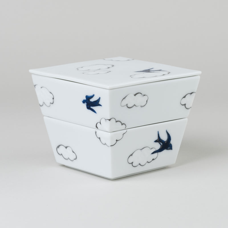 hand-painted double layered box | arita porcelain