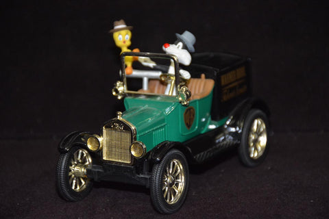 1918 Ford Runabout die cast car - Sylvester & Tweety