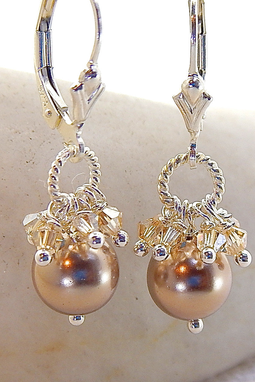 Leslie Earrings - Classic Pearls
